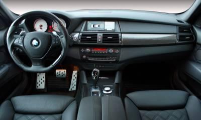 BMW CLR X 650 Lumma Design black interior
