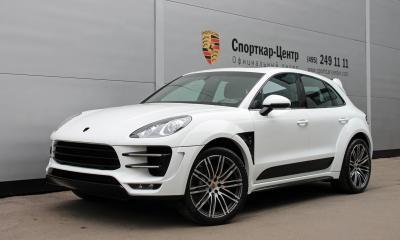 Porsche Macan Ursa White